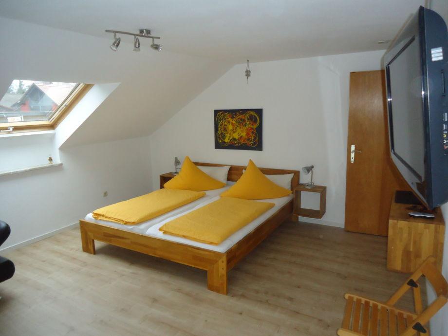 Doppelbett 1 40x2 00  Ferienwohnung B im Gästehaus Sommertal Bodensee