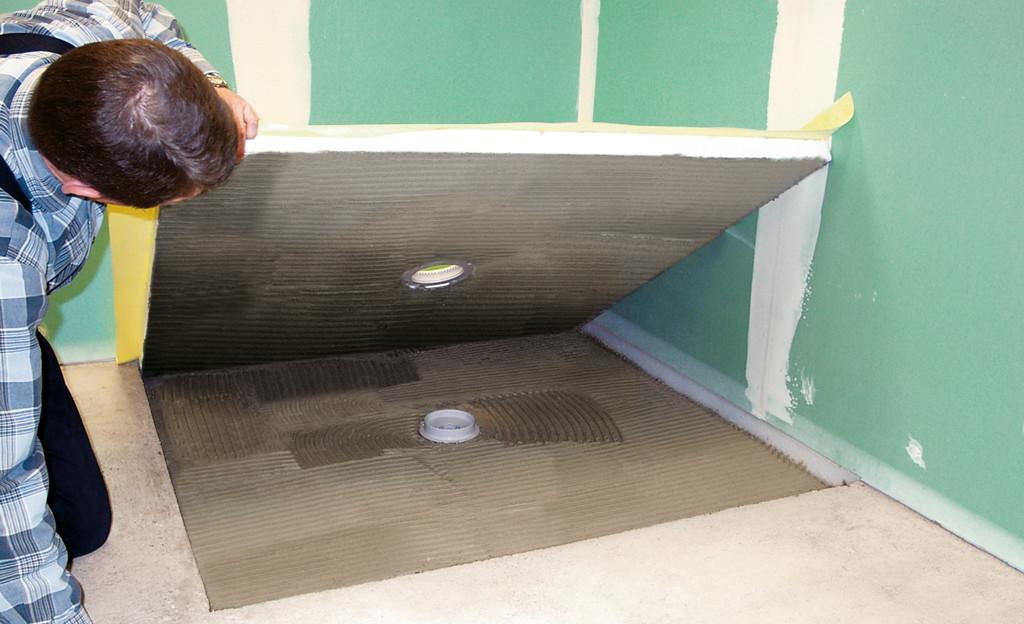 Ebenerdige Dusche  Begehbare Dusche Badewanne & Dusche