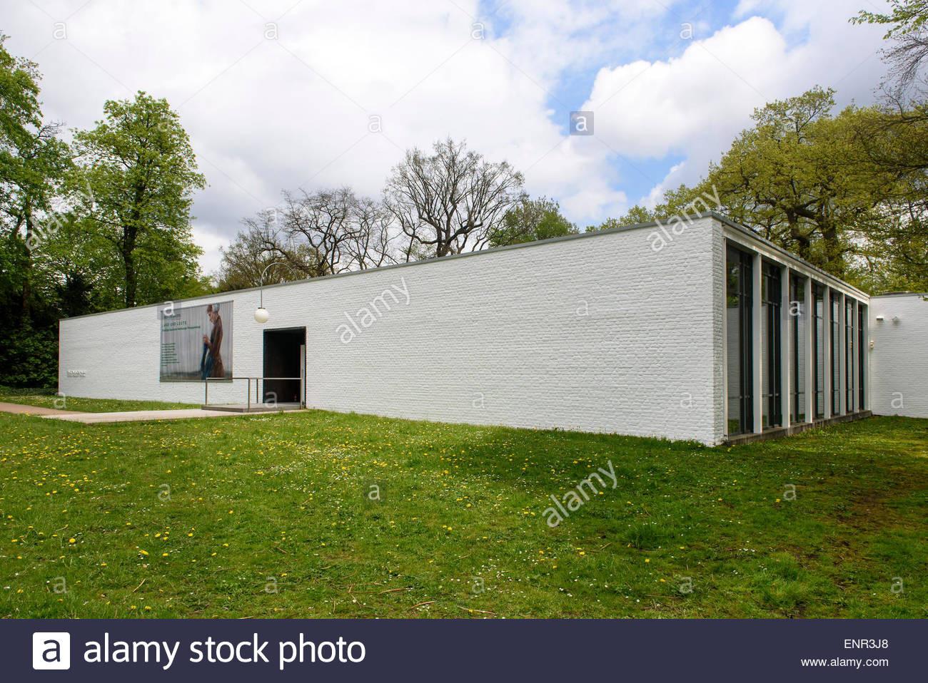 Ernst Barlach Haus  Ernst Barlach House in the Jenischpark built 1962 by
