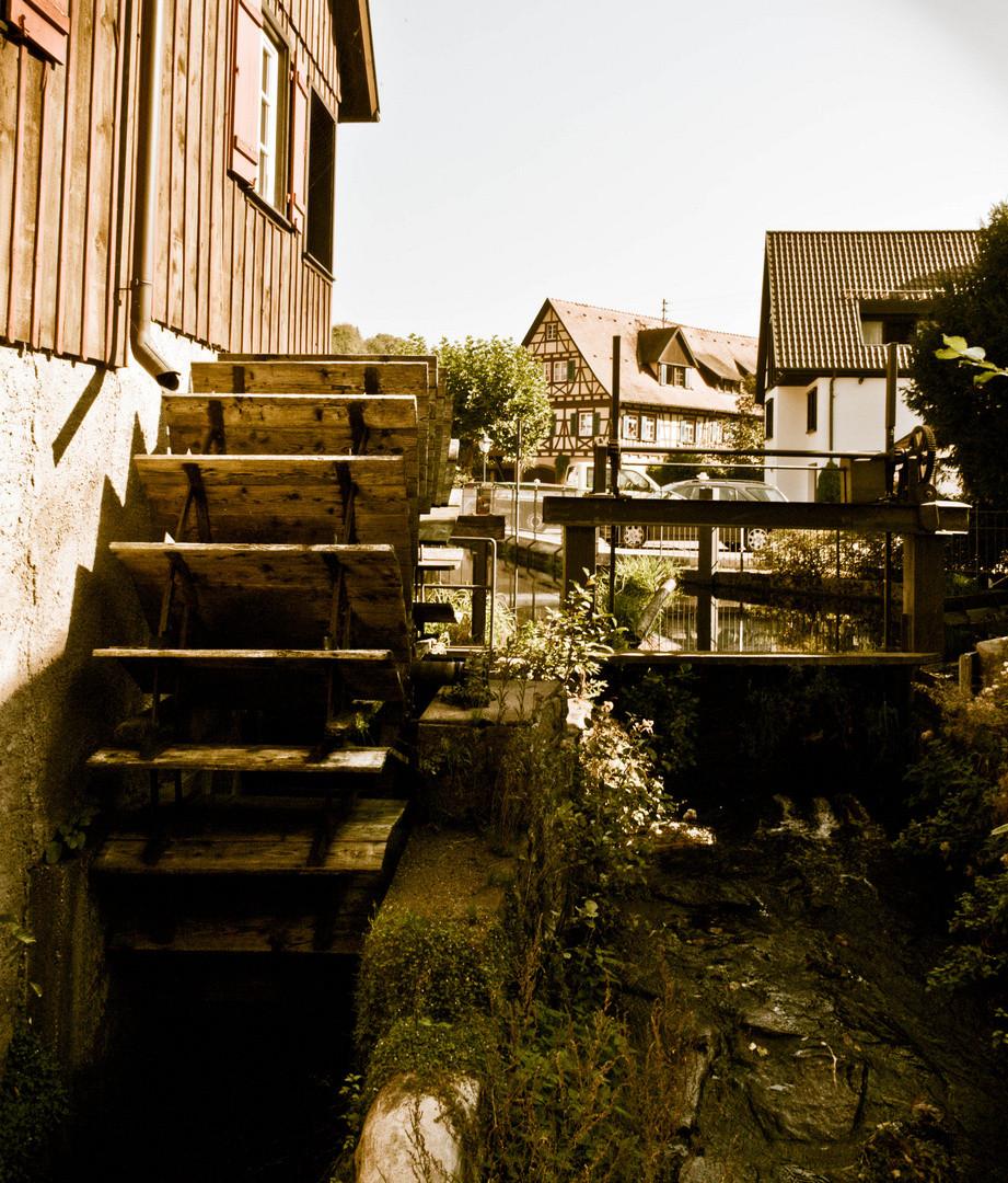 Es Klappert Die Mühle Am Rauschenden Bach  Es klappert Mühle am Rauschenden Bach Foto & Bild