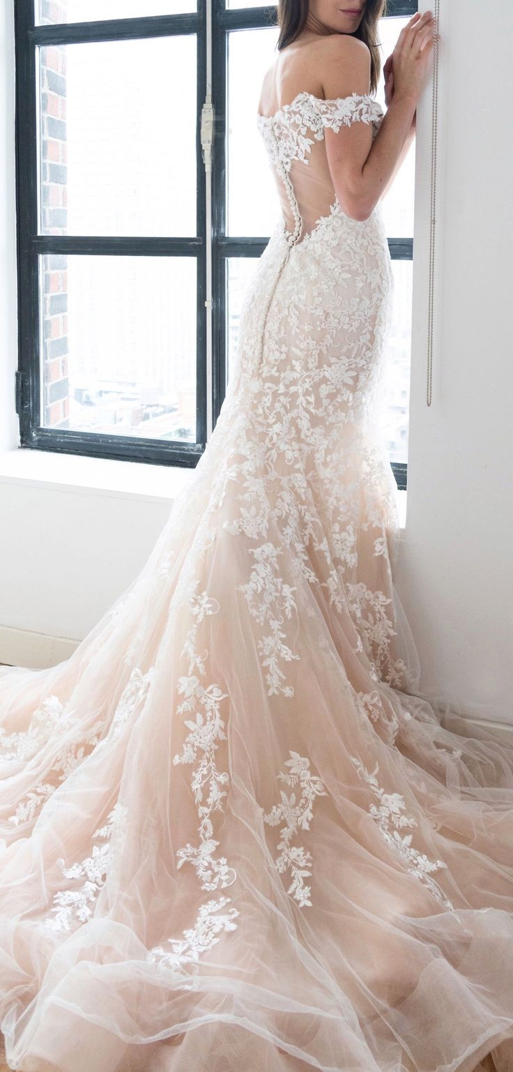 Fit And Flare Hochzeitskleid  Best 25 Flare ideas on Pinterest