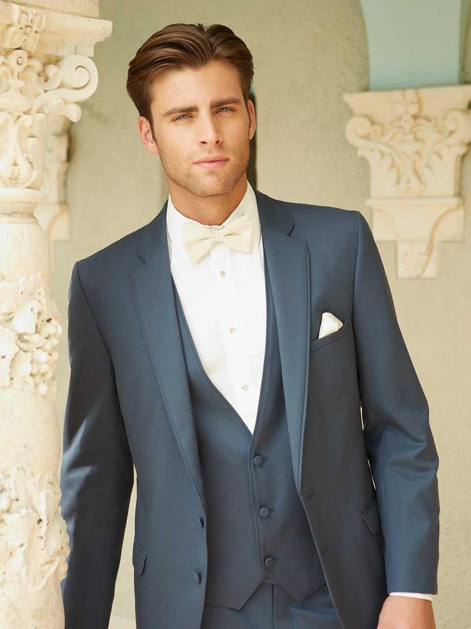 Fliege Hochzeit  Blauer Anzug mit weißer Fliege