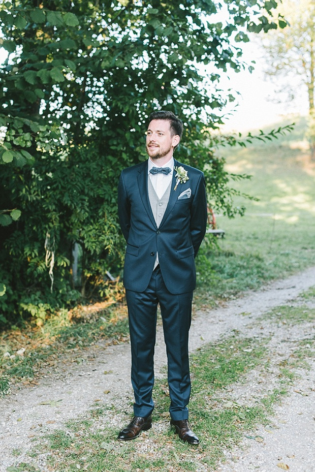 Fliege Hochzeit  Stylische DIY Scheunenhochzeit von Katja Heil Fotografie
