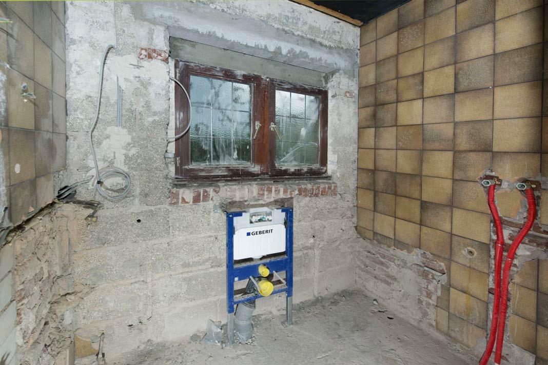 Fliesen Untergrund  Fliesen verlegen Arbeit am Untergrund LIVVI DE