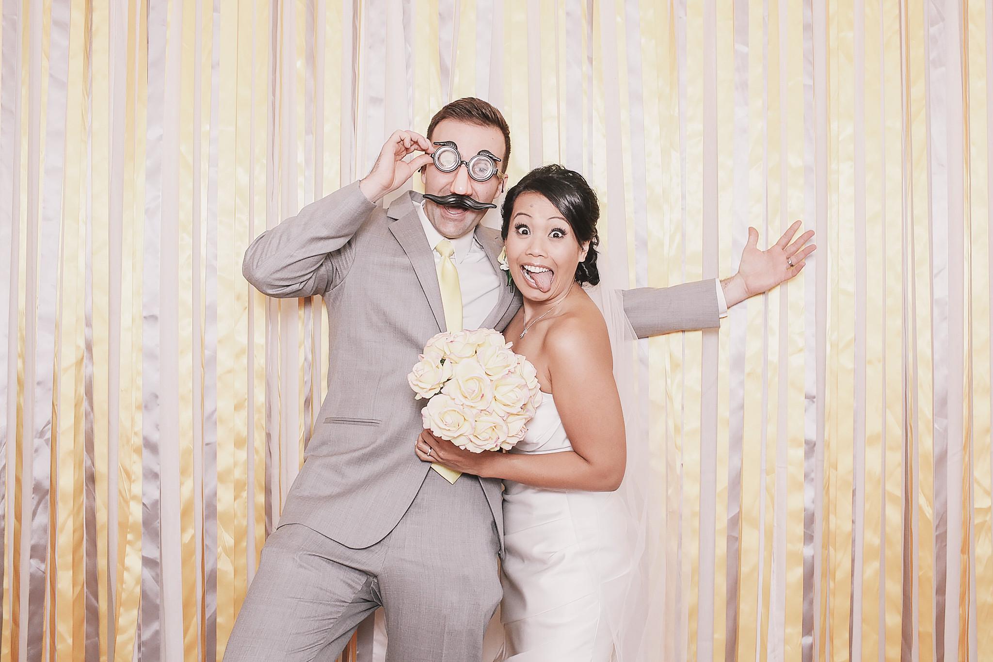 Fotobox Hochzeit  Memobox booth Hochzeitsunterhaltung Wien