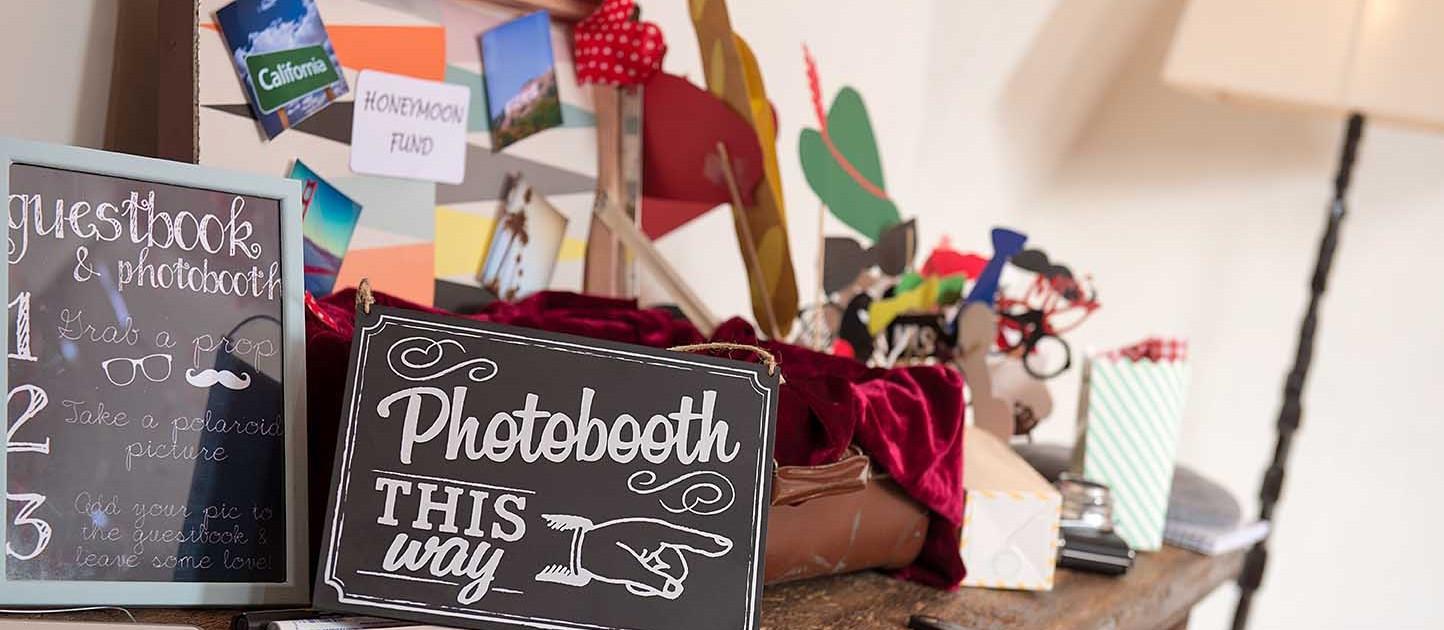 Fotobox Hochzeit  Fotobox mit Sofortdruck Mieten Veranstaltungen Hochzeit Graz