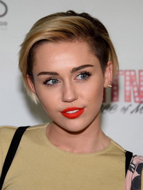 Frisuren Frauen Rundes Gesicht  Kurze frisuren für rundes gesicht