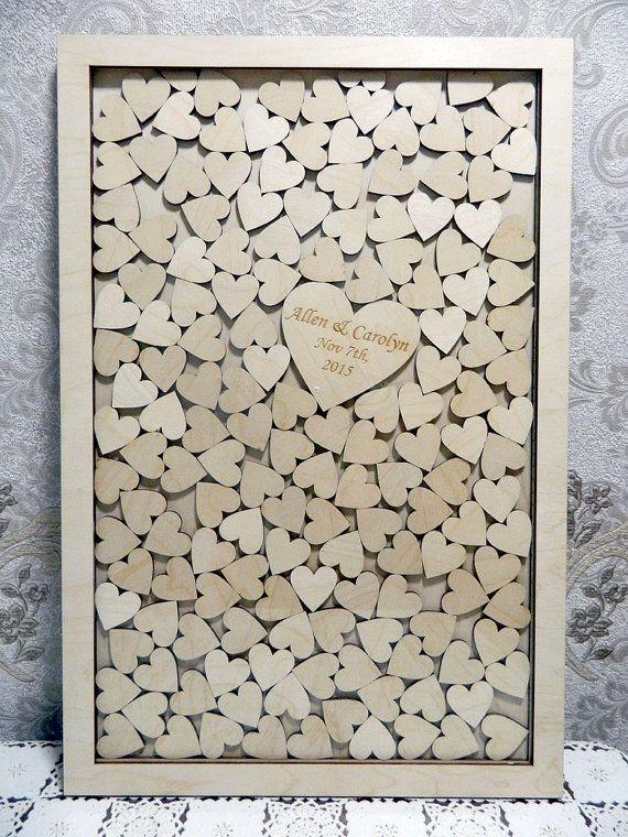 Gästebuch Hochzeit Herzen  Gästebuch Hochzeit Holzrahmen mit Herzen zum