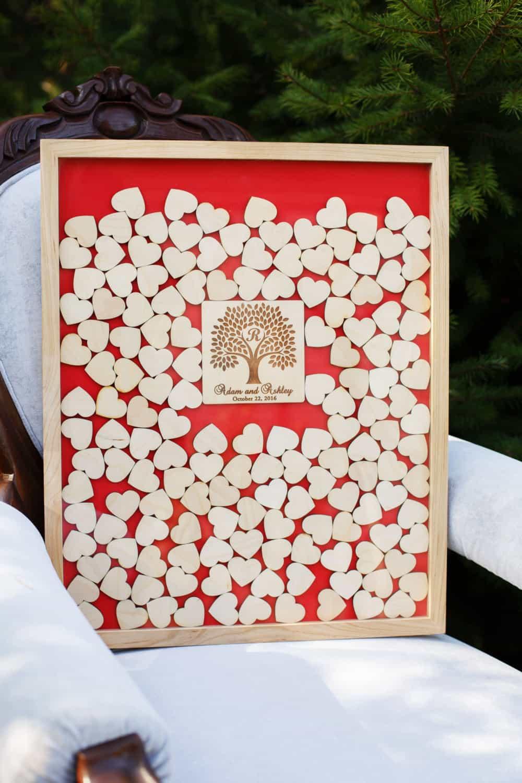 Gästebuch Hochzeit Herzen  Gästebuch zur Hochzeit als Bilderrahmen mit 3D Herzen Baum