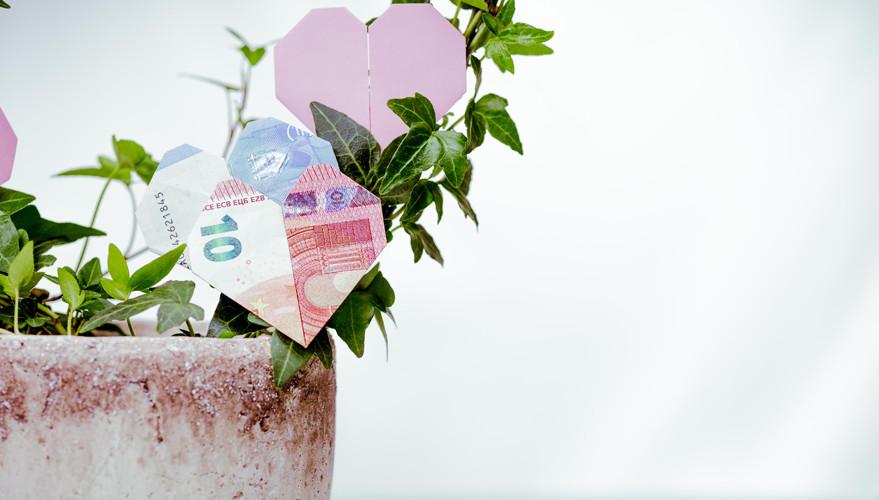 Geldscheine Falten Hochzeit Herz  Geldscheine falten 10 Falttechniken Schritt für Schritt