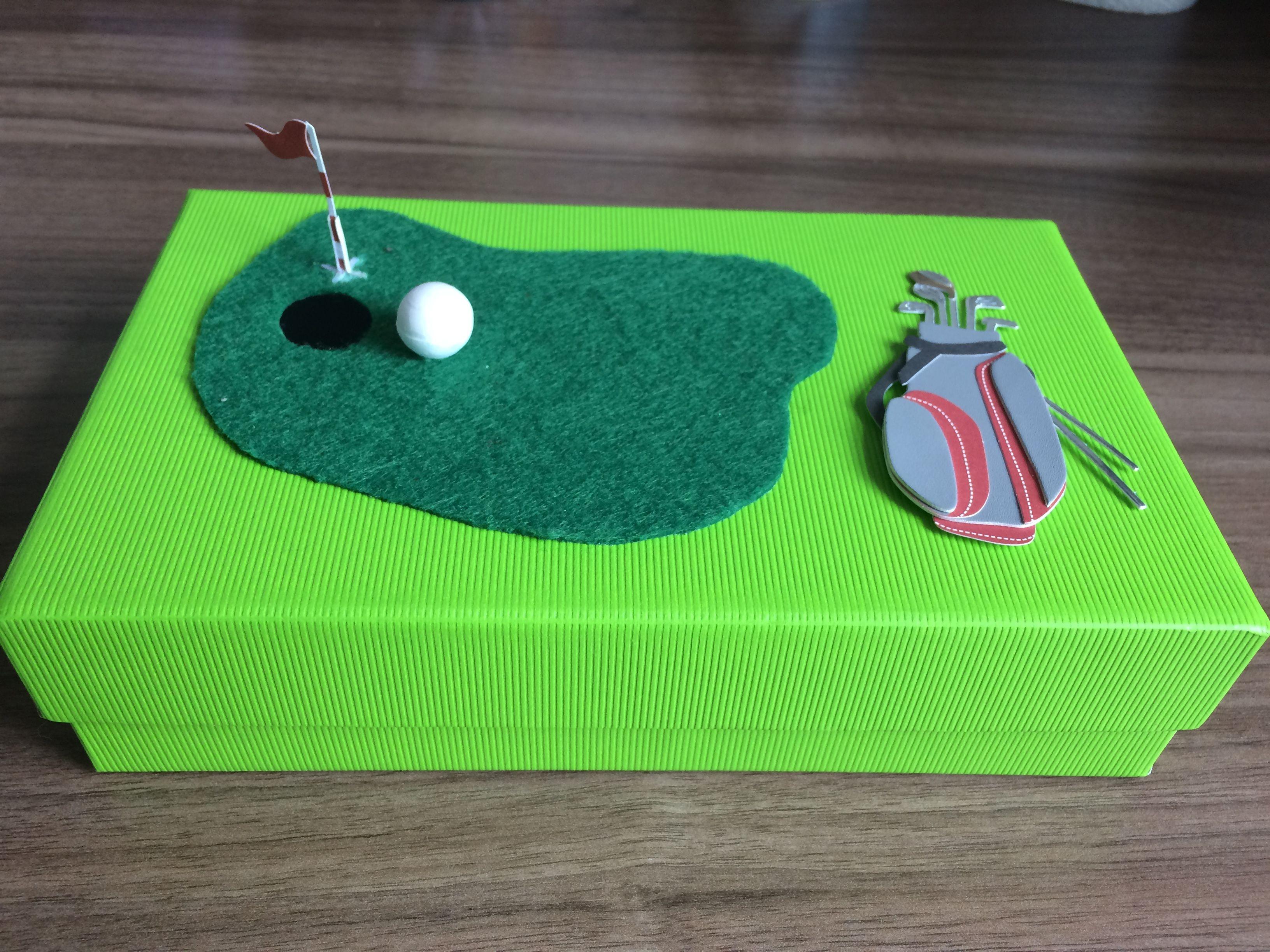 Geschenke Für Golfer  Geschenkidee für Golfer In Schachtel kann man zum