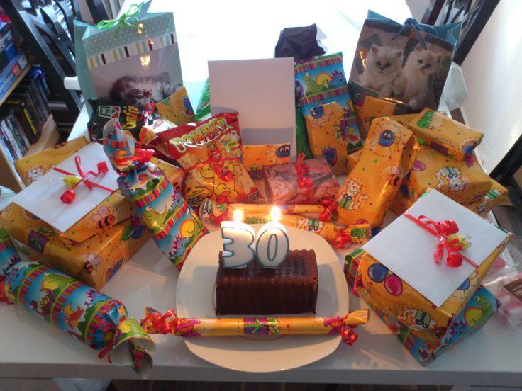 Geschenke Geburtstag Mann  1000 ideas about Geschenke Zum 30 on Pinterest