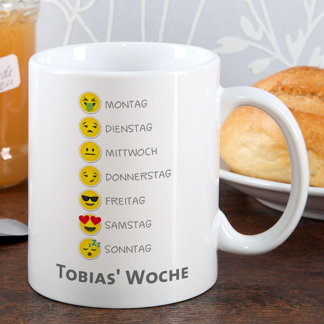 Geschenke-Online  Emoticon Tasse mit Wochentagen und Ihrem Wunschtext
