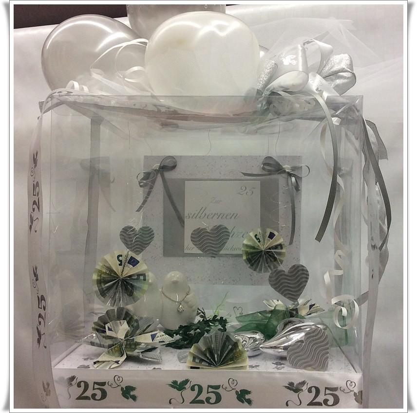 Geschenke Silberhochzeit  Ausgefallene Geschenkideen Zur Silberhochzeit