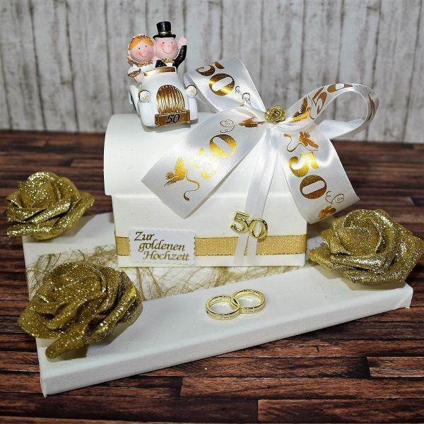 Geschenkideen Goldene Hochzeit  Geschenk zur goldenen Hochzeit Truhe auf Geschenkplatte