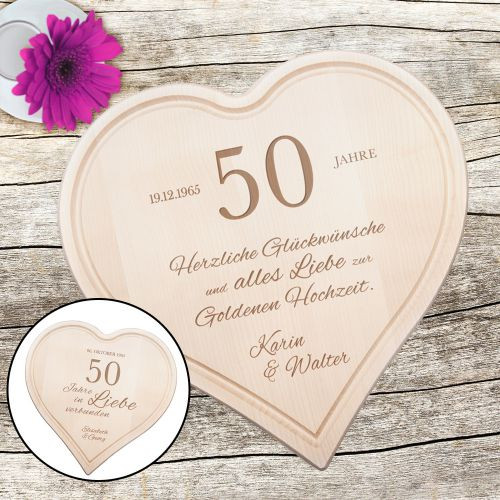 Glückwünsche Zur Goldenen Hochzeit  Graviertes Holzherz zur Goldenen Hochzeit personalisiert
