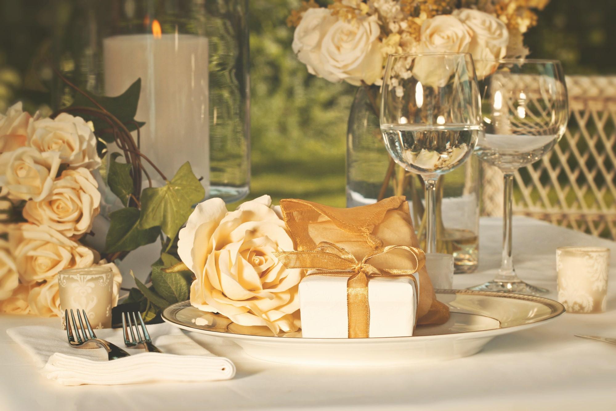 Glückwünsche Zur Goldenen Hochzeit  Glückwünsche zur Goldenen Hochzeit 50 tolle Sprüche & 5