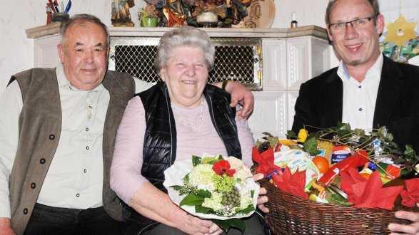 Glückwünsche Zur Hochzeit Nach Langer Wilder Ehe  Hochzeit Nach 20 Jahren Wilder Ehe Schön Langensendelbach