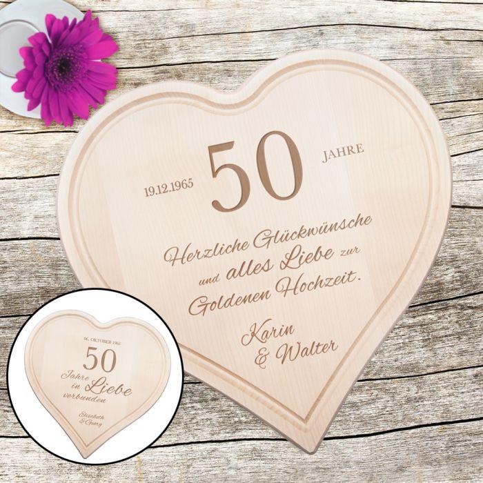 Goldenen Hochzeit  Graviertes Holzherz zur Goldenen Hochzeit personalisiert