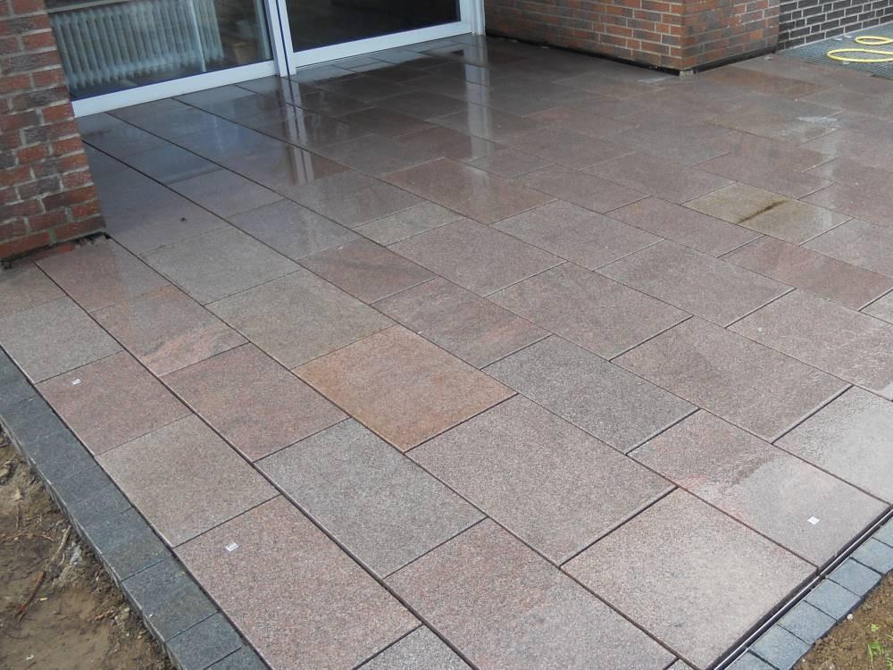 Granitplatten Terrasse  Granitplatten Terrasse Garten