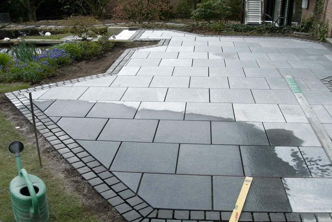 Granitplatten Terrasse  Terrassengestaltung Holz Granitpflaster