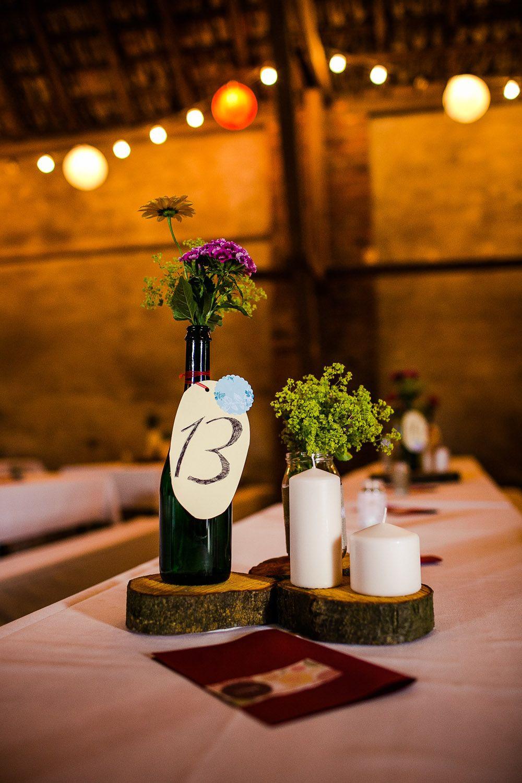 Günstig Hochzeit Feiern  Hochzeit DIY Centerpieces Tischdeko günstig