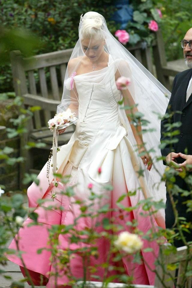 Gwen Stefani Hochzeitskleid  Rock Wedding Gwen Stefani Wedding Dress