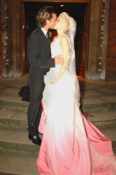 Gwen Stefani Hochzeitskleid  Die schönsten Brautkleider der Stars