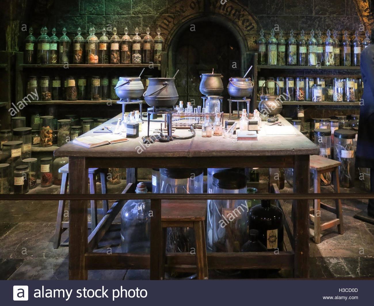 Harry Potter Zaubertränke  Spells Stockfotos & Spells Bilder Alamy