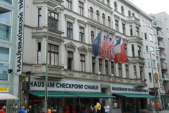 Haus Am Wall  Museum Haus am Checkpoint Charlie Picture of Mauermuseum
