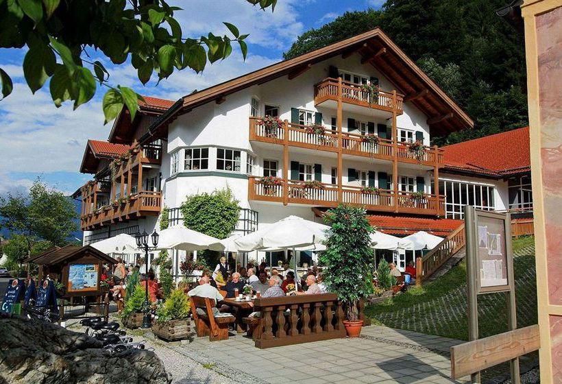 Haus Hammersbach  Hotel Haus Hammersbach in Garmisch Partenkirchen starting
