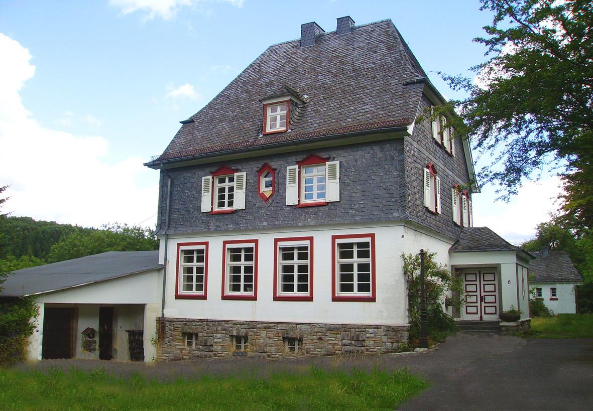 Haus Kaufen Bonn  Seitenansicht