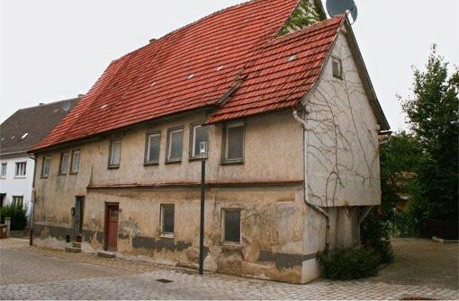 Haus Zu Verschenken  In Beuren Wohnhaus in bester Ortskernlage zu verschenken