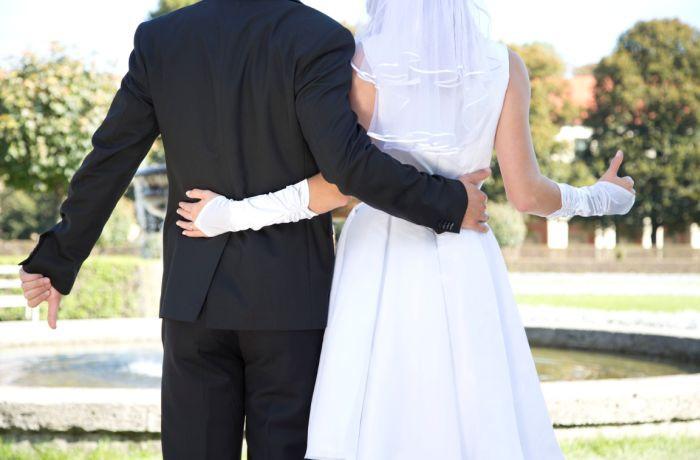 """Hochzeit Auf Den Ersten Blick Neue Folgen  """"Hochzeit auf den ersten Blick"""" Blind Date im Standesamt"""