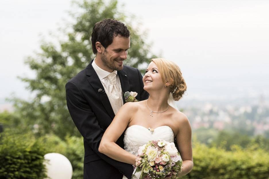 """Hochzeit Auf Den Ersten Blick Sandra Und Sebastian  """"Hochzeit auf den ersten Blick"""" Für Stephan kündigt"""