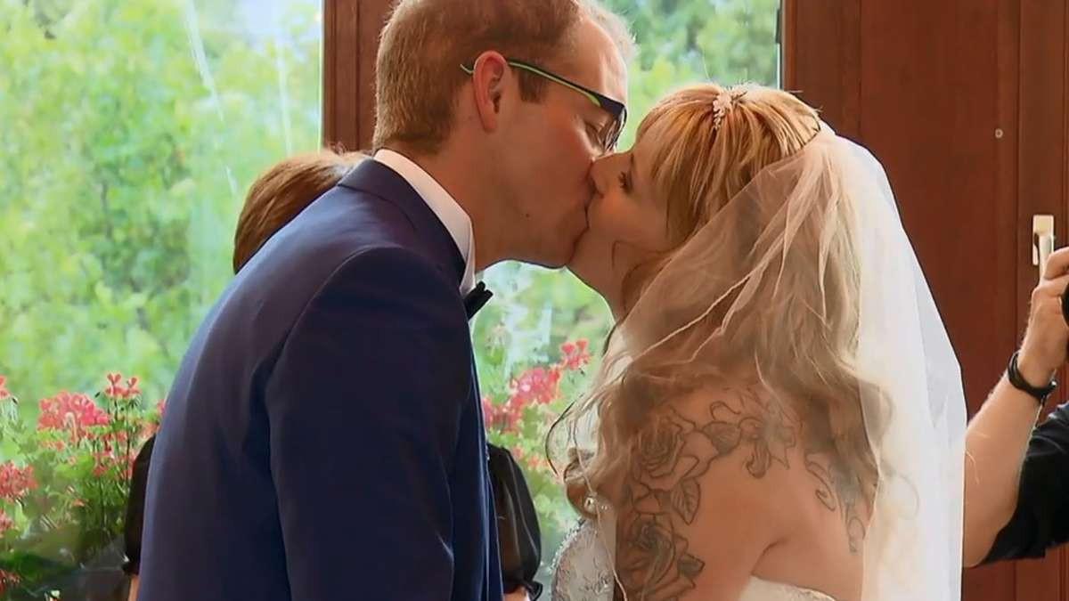 """Hochzeit Auf Den Ersten Blick Sandra Und Sebastian  """"Hochzeit auf den ersten Blick"""" Enthüllung bei Sat 1 Show"""