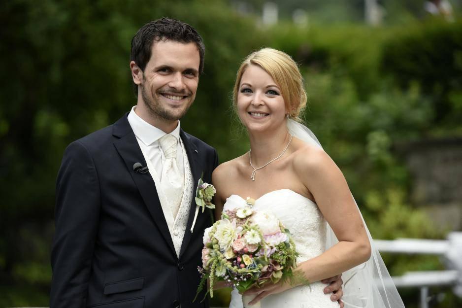 """Hochzeit Auf Den Ersten Blick Sandra Und Sebastian  """"Hochzeit auf den ersten Blick"""" Diese Paare sind noch"""