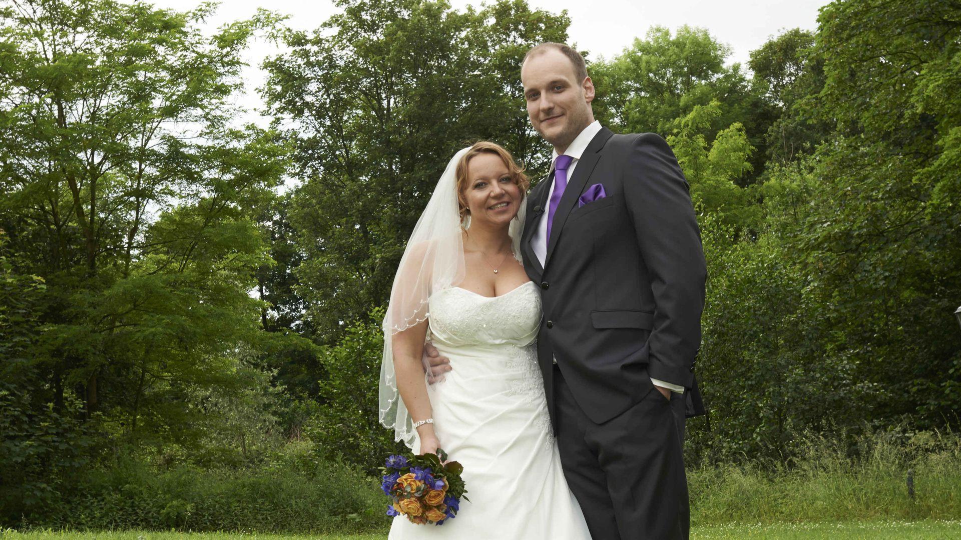 Hochzeit Auf Den Ersten Blick Sandra Und Sebastian  Blind Wedding Hielt Ehe beim ersten Paar