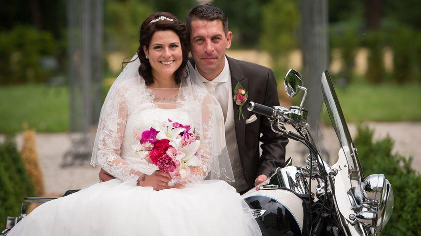 Hochzeit Auf Den Ersten Blick Sandra Und Sebastian  1 Mal bei HadeB DIESE Singles wissen wen sie heiraten