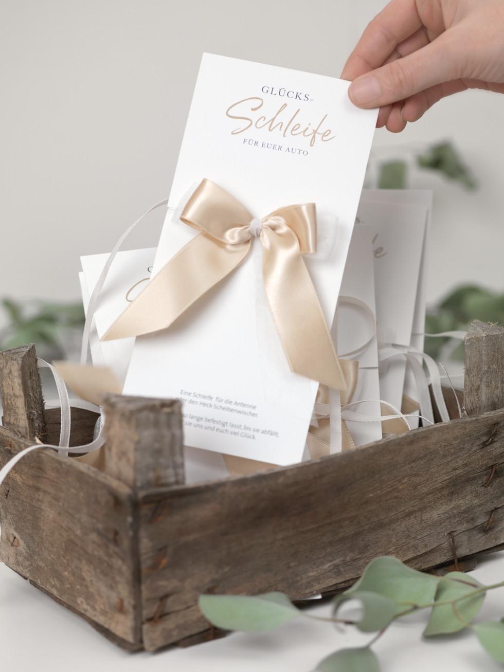 Hochzeit Autoschleifen  DIY Anleitung Schöne Autoschleifen Hochzeit basteln