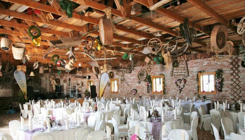 Hochzeit Bauernhof  Feldbauernhof Hochzeit am Bauernhof Festsaal mieten