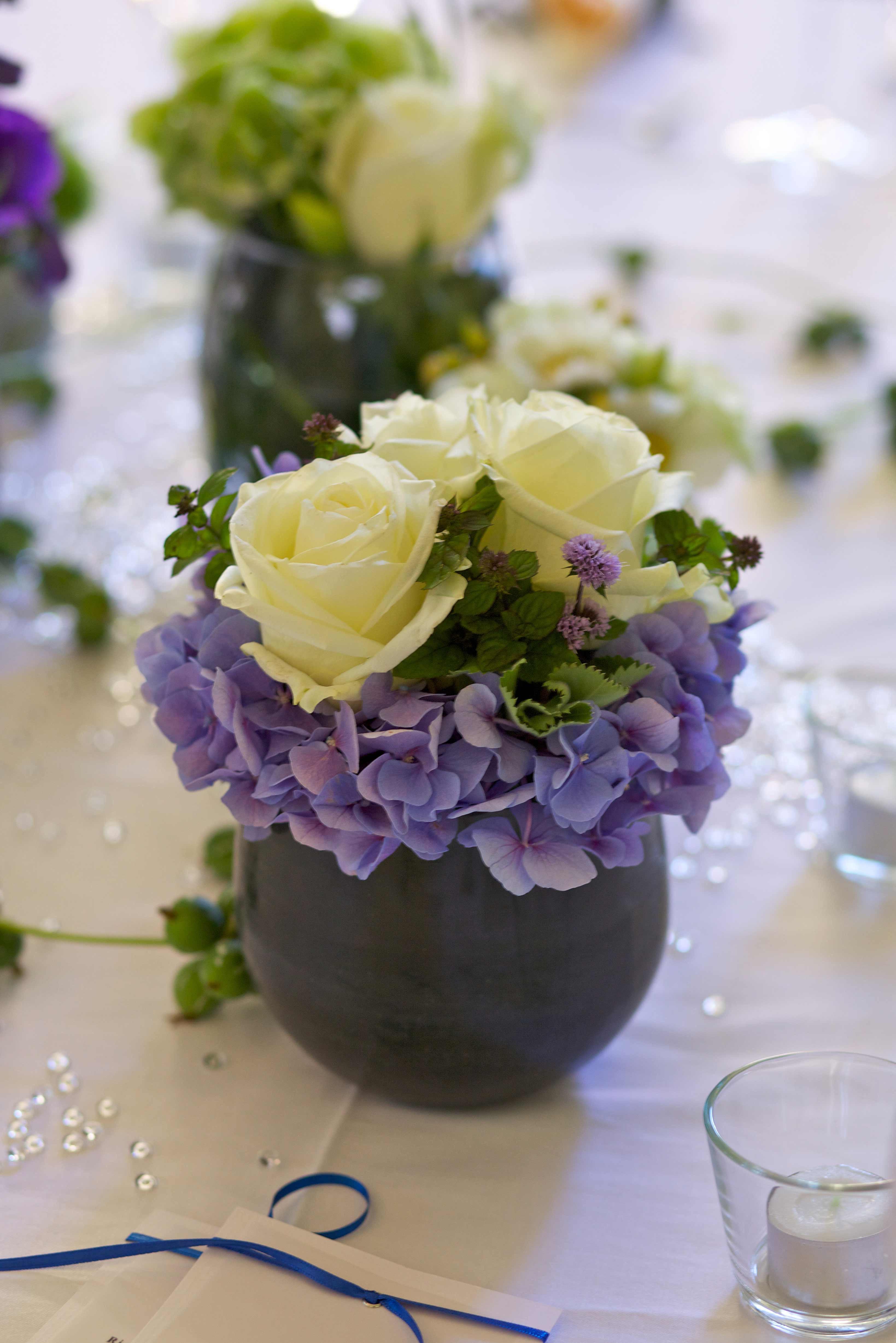 Hochzeit Blumen Tischdeko  Tischdeko Hochzeit mit Rosen Galerie Hochzeitsportal24