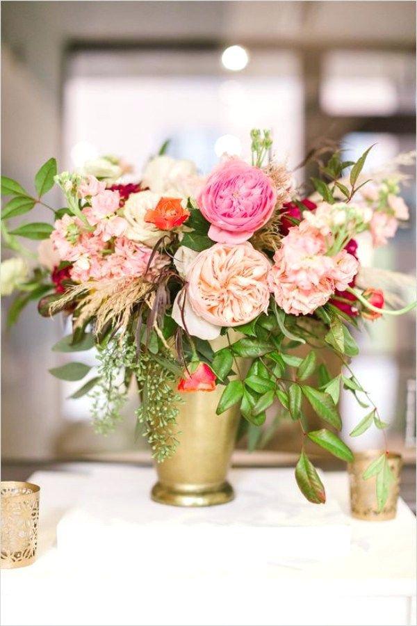 Hochzeit Blumen Tischdeko  Tischdeko Hochzeit Ideen Blumen Pfingstrosen Gruen Messing