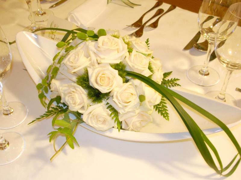 Hochzeit Blumen Tischdeko  BLUMEN HOCHZEIT TISCHSCHMUCK Decoraiton