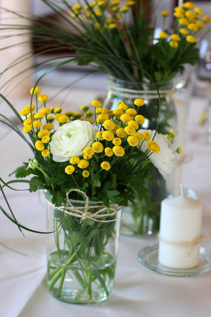 Hochzeit Blumen Tischdeko  Tischdeko Hochzeit selber machen Bildergalerie