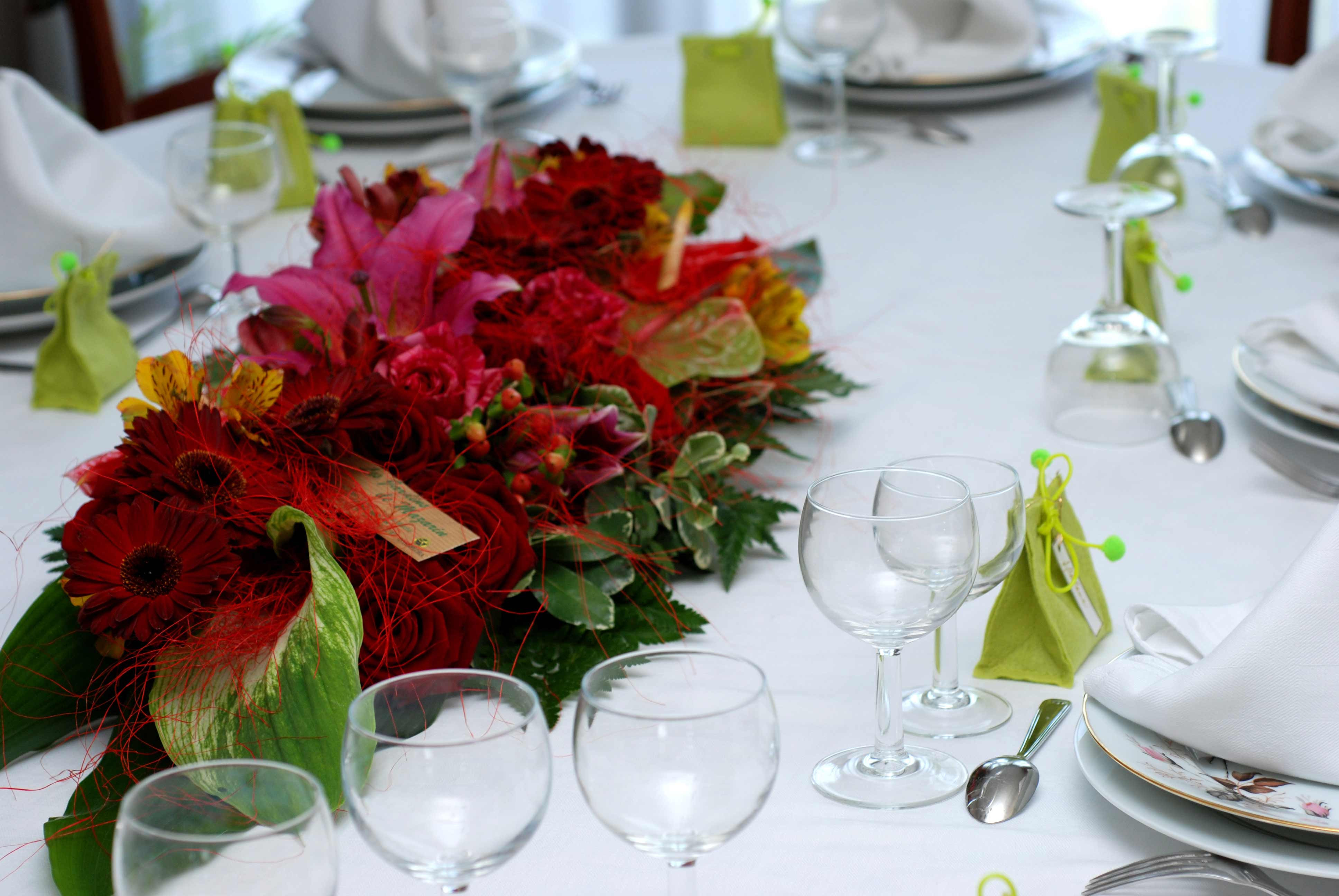 Hochzeit Blumen Tischdeko  Hochzeit Tischdeko Blumen Galerie Hochzeitsportal24