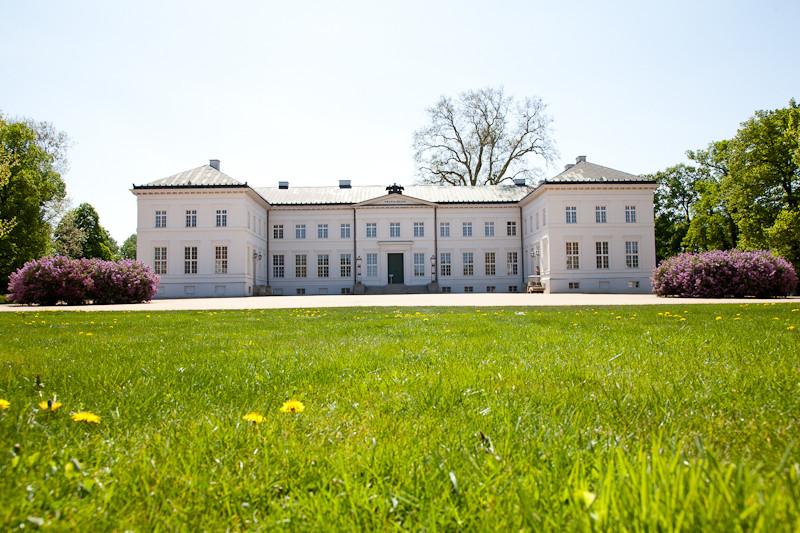 Hochzeit Brandenburg  Hochzeit im Schloss Neuhardenberg Hochzeitsfotograf Berlin