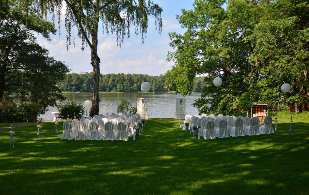 Hochzeit Brandenburg  Hochzeit in Brandenburg am See