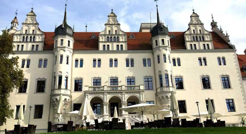 Hochzeit Brandenburg  Hochzeit Schloss Brandenburg Neu Dj Für Ihr events Auf
