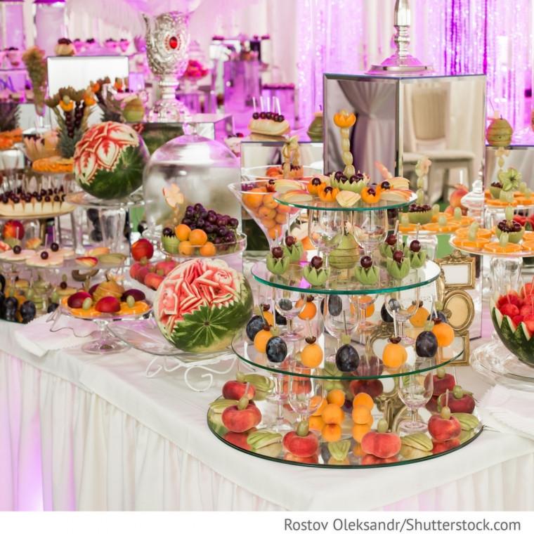 Hochzeit Buffet  Hochzeit mit Obst Buffet Tisch Hochzeitsideen für